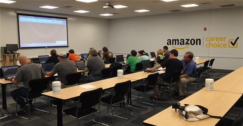 careers at amazon - 800×416