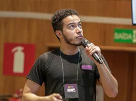 Datomic: desafios e benefícios de um banco de dados imutável
