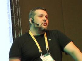 Redescobrindo o C++ com problemas NP-completos, lambdas, monads, IA e paralelismo